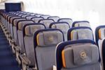 Airline-Chefs plädieren für Maskenpflicht und Mittelsitz