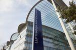 Lufthansa streicht Stellen in Verwaltung und Führungsriege