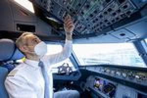 Lufthansa leitet Piloten zu Eurowings um