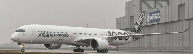 Airbus A350-1000 besucht Finkenwerder