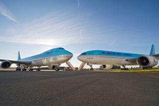 Korean Cargo Boeing 747-8F und 777F