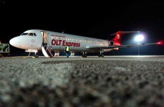 Fokker 100 der OLT Express