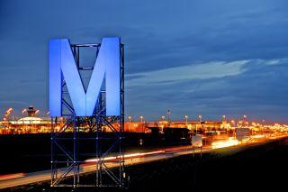 Flughafen München bei Nacht