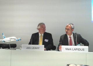 John Leahy (Airbus) und Mark Lapidus (Doric)
