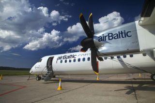 Air Baltic Bombardier Q400