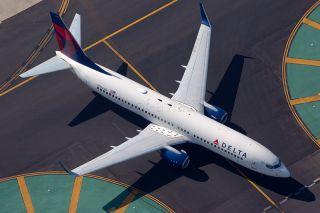 Delta Boeing 737-800