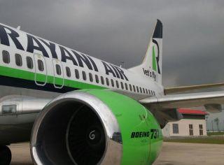 Boeing 737 der Rayani Air