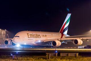 Emirates: Erster Airbus A380 mit 615 Sitzen