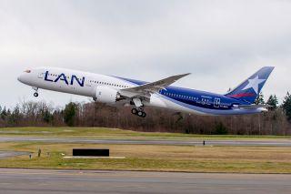 LATAM Airlines Group Boeing 787-9 Dreamliner