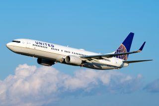 United Boeing 737-900