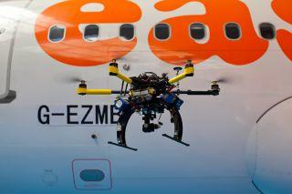 easyJet setzt auf Drohnen in der Flugzeug-Inspektion