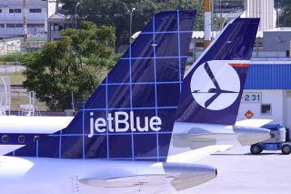 JetBlue Embraer E190 Tail