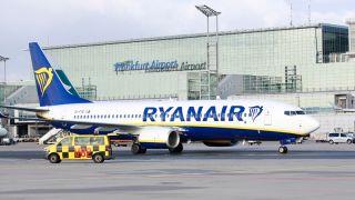 Ryanair Boeing 737-800 in Frankfurt