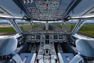 Airbus A320-Cockpit mit HUDs