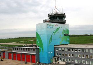 Tower am Flughafen Hahn