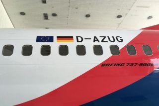 AZUR air Boeing 737-900ER