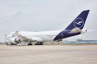 Lufthansa Boeing 747-400 mit überarbeitetem Farbbild