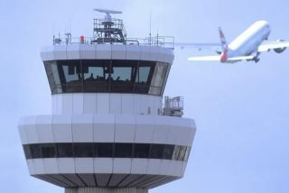 Tower des London Gatwick Airports