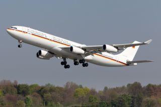 Luftwaffe A340-300 Konrad Adenauer