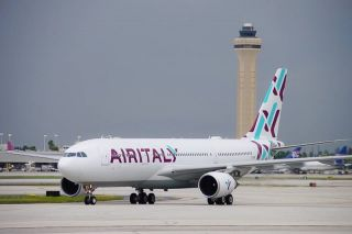 Air Italy Airbus A330-200 in Miami
