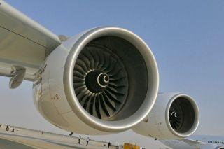 Emirates Airbus A380 mit Rolls-Royce Trent 900