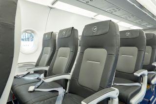 Der neue Economy Class-Sitz der Lufthansa Group für die Kurzstrecke
