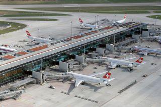 Swiss am Flughafen Zürich