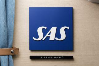 SAS-Logo in der A320neo-Kabine