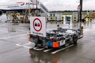 Autonomer Gepäckwagen