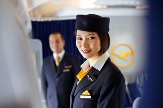 Flugbegleiterin der Lufthansa