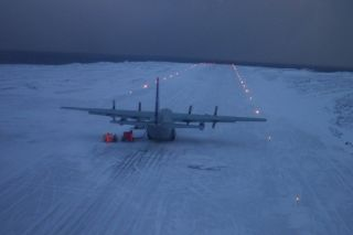 Lockheed C-130 in der Antarktis verschollen