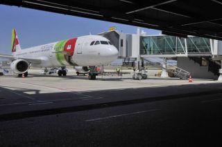 TAP Portugal am Flughafen Lissabon