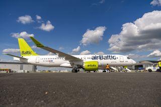 Air Baltic A220-300