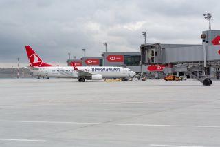 Turkish Airlines Boeing 737-800 am IGA