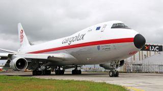 Cargolux-Jumbo im Retrolook