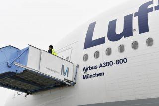 Lufthansa Airbus A380 in München