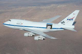 Fliegendes Observatorium: die Boeing 747 Sofia