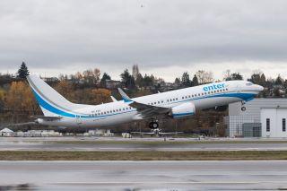 Enter Air Boeing 737-8
