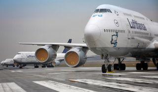 Lufthansa Boeing 747 am Flughafen Frankfurt