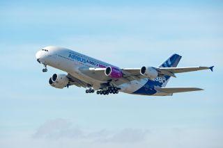 Rolls Royce Trent XWB-97 an A380 MSN001