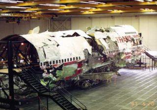 TWA 800-Flugzeugwrack wird verschrottet