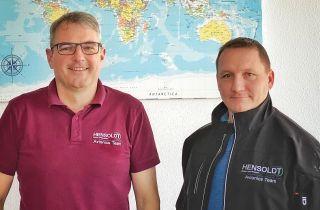 Hensoldt Avionics Geschäftsführer Dieter Buchdrucker und André Hinüber