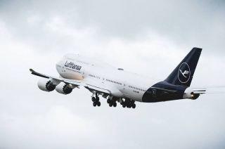 Lufthansa Boeing 747-8 in neuen Farben