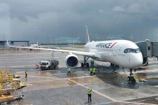 Air France Airbus A350 wird mit SAF betankt
