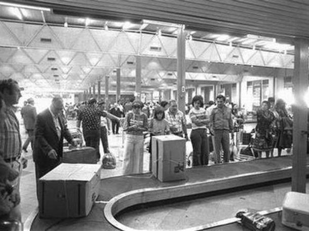 Ankunftshalle des Ben-Gurion-Flughafens in den 1970er Jahren