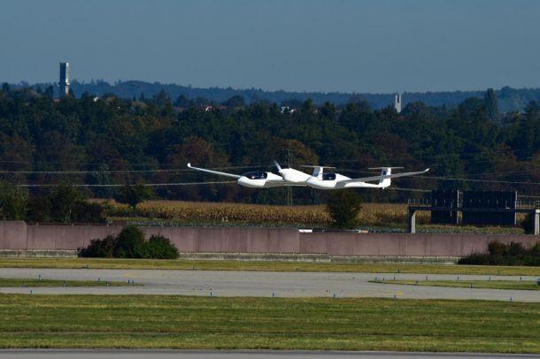 Wasserstoff-Brennstoffzellenflugzeug HY4