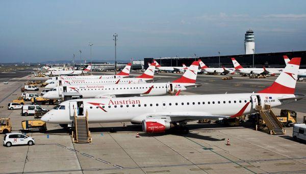 Austrian Embraer Flotte am VIE