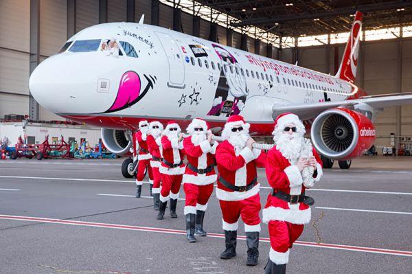 Air Berlin Airbus A320 Weihnachtsflieger 2015