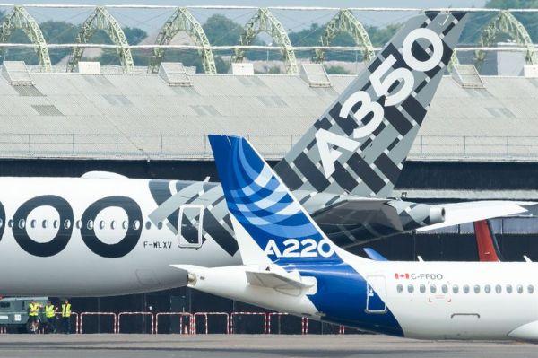 Airbus A350-1000 und A220 auf der FIA18