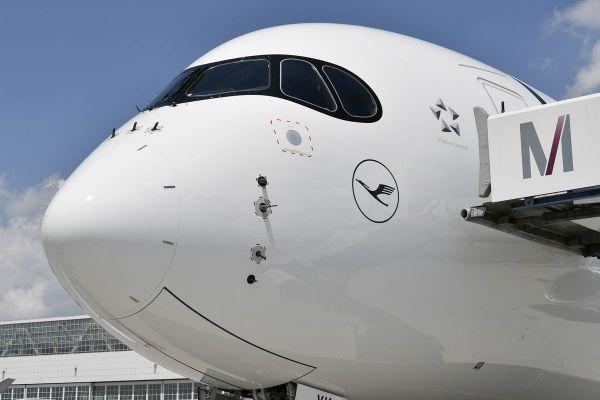 Lufthansa Airbus A350-900